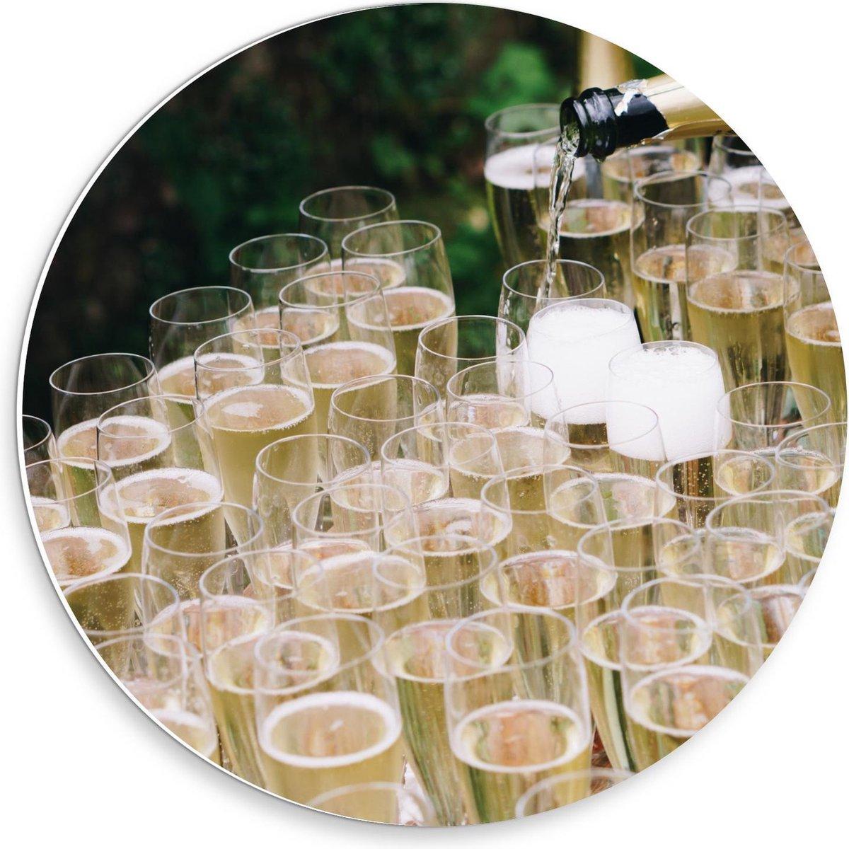 Forex Wandcirkel - Veel Glazen Champagne - 30x30cm Foto op Wandcirkel (met ophangsysteem)