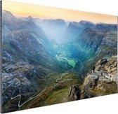 Geiranger vallei in Noorwegen Aluminium 30x20 cm - klein - Foto print op Aluminium (metaal wanddecoratie)