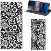 Sony Xperia 10 Plus Smart Cover Black Flowers