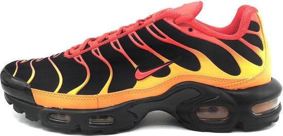 Nike Air Max Plus - Black/Chile Red/Vivid Orange - Maat 39