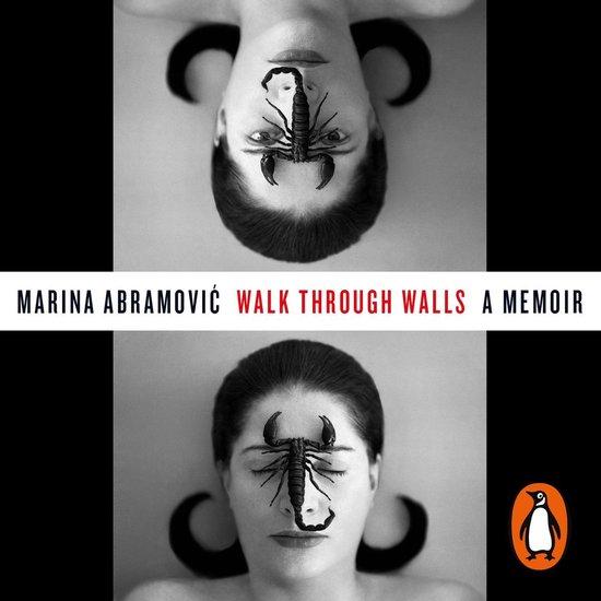 Boek cover Walk Through Walls van Marina Abramovic (Onbekend)