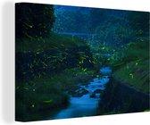 Vuurvliegjes verhelderen een prachtig riviertje in de nacht Canvas 180x120 cm - Foto print op Canvas schilderij (Wanddecoratie woonkamer / slaapkamer) XXL / Groot formaat!