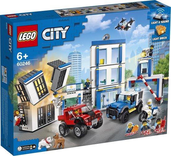 LEGO City Politiebureau - 60246