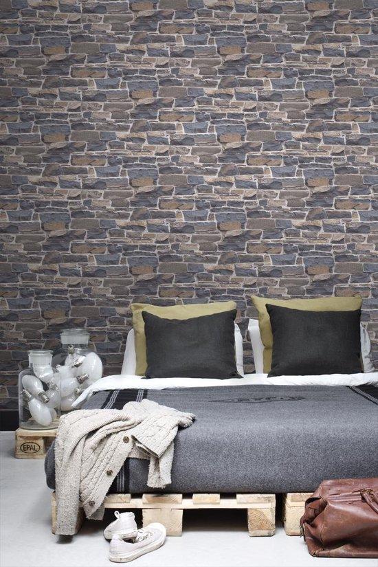 ESTAhome behangpapier stenen muur blauw en bruin - 138520 - ESTAHome