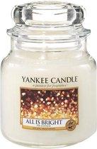 Yankee Candle Medium Jar Geurkaars - All Is Bright