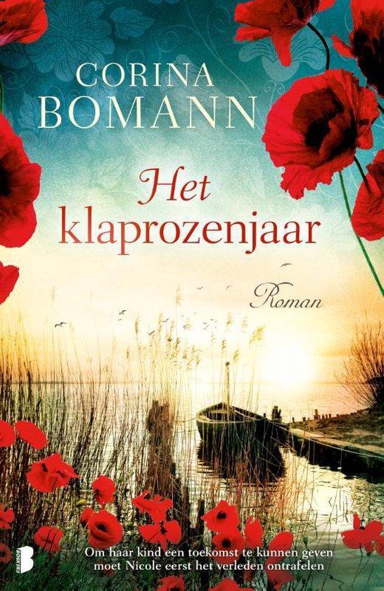 Boek cover Het klaprozenjaar van Corina Bomann (Paperback)