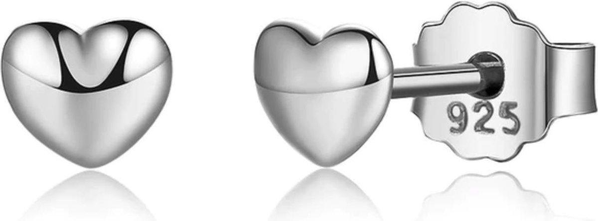 Zilveren oorknopjes in de vorm van schattig hartje | 925 zilver