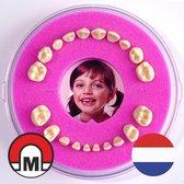 Koelkastmagneet / Tandendoosje Firsty® Round Magnetic (Roze, Meisje, Baby) -- Bekijk Video