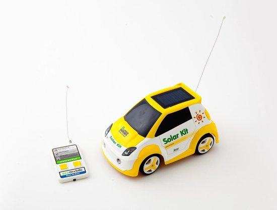 Zwarte speelgoed auto op zonne energie Solar Powered car