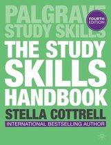 Boek cover The Study Skills Handbook van Stella Cottrell (Paperback)