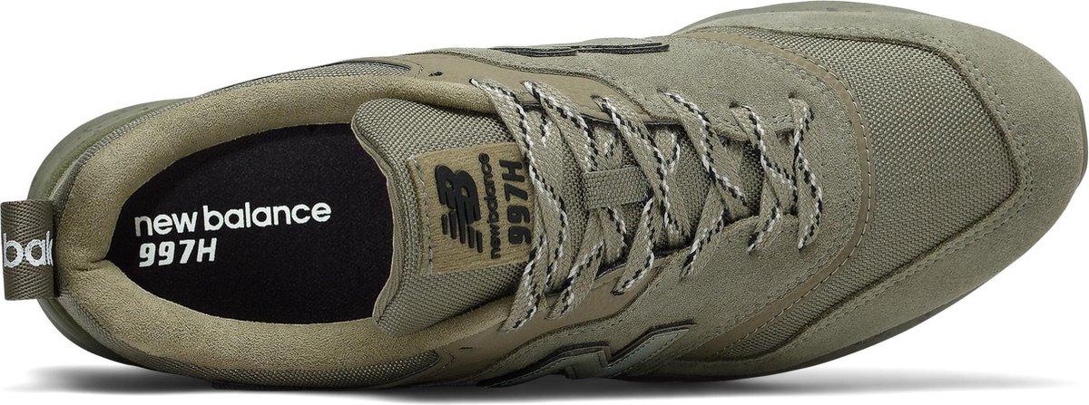 bol.com | New Balance CM997 D Heren Sneakers - Green - Maat 44.5