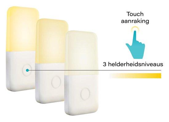 Nachtlampje Stopcontact Dag en Nacht Sensor - Lampje Voor Baby - Kind - Volwassenen & Slaapkamer - Warm Wit Led Verlichting - 3 Stuks + 3x Kinder Beveiliging