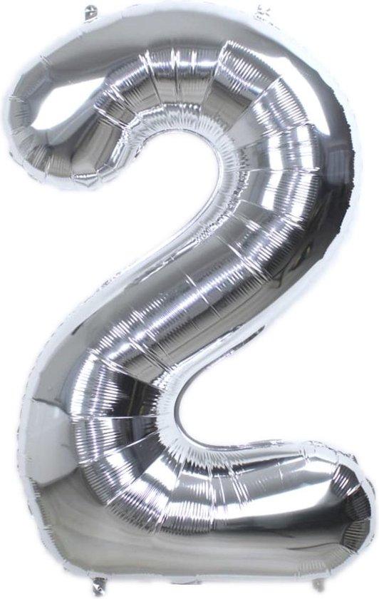 Folie Ballon Cijfer 2 Jaar Zilver 86Cm Verjaardag Folieballon Met Rietje