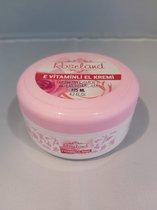 Handcreme van rozen 125ml met vitamine E. Puur natuur.