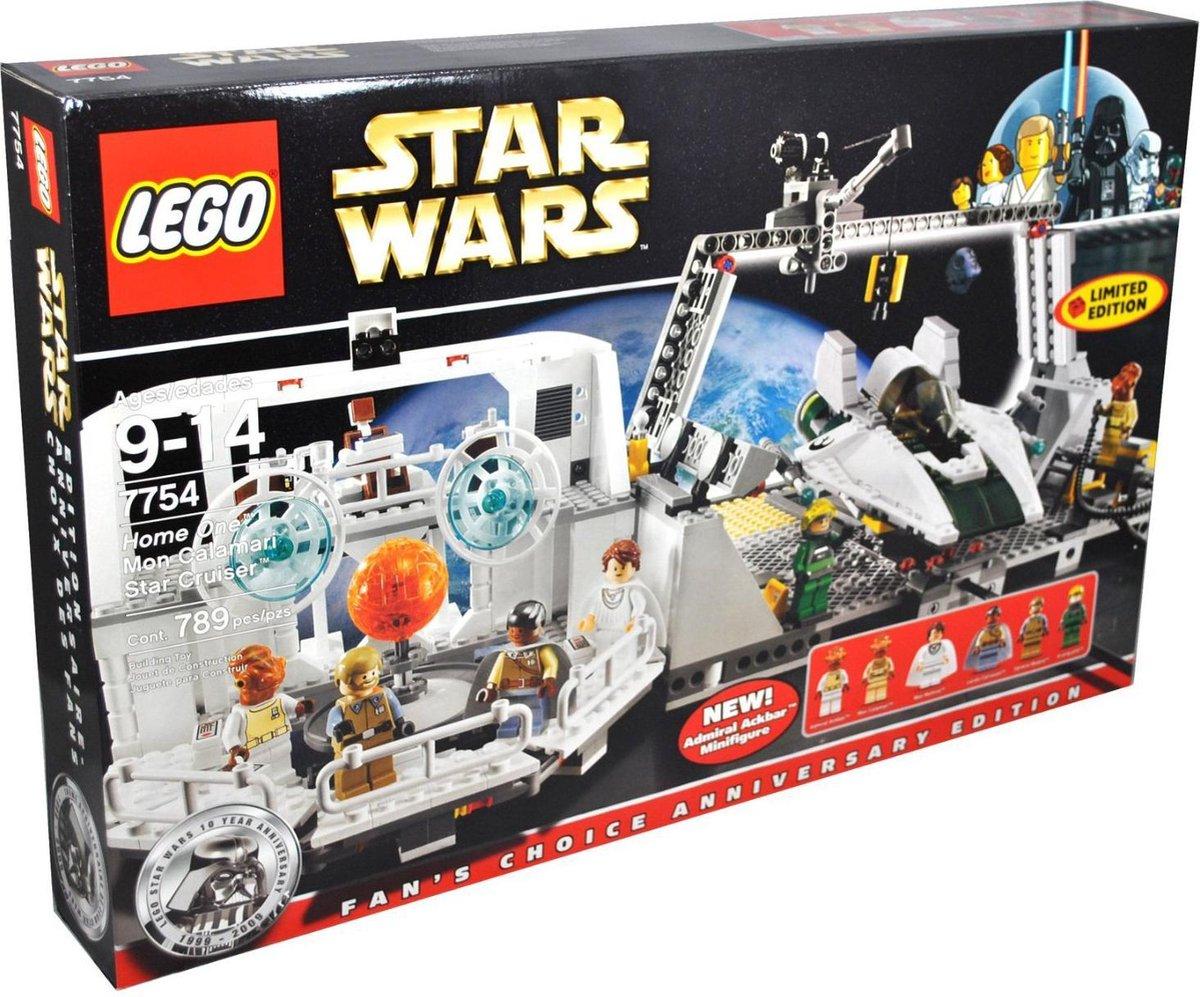 LEGO Star Wars Home One Mon Calamari Star Cruiser - 7754