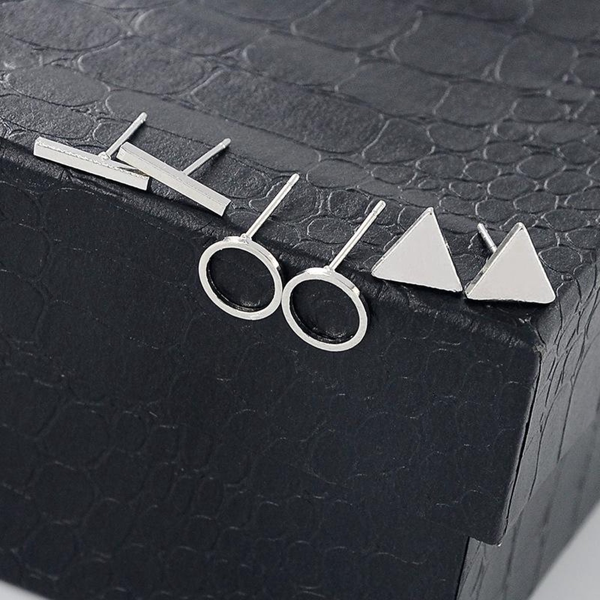 Studs 3 stuks Zilver - Bar studs - Circle studs - Triangle studs - Oorknoppen - Earcandy - Merkloos