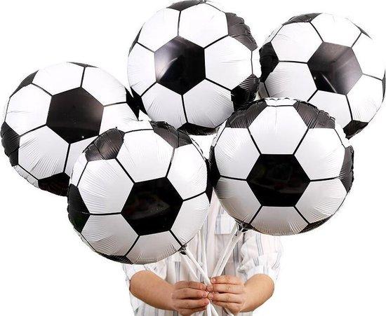 Voetbal - folie ballonnen - 3 stuks - doorsnede 43 cm - ballen