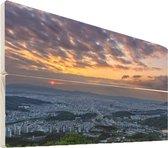 Daejeon op hout - 90x60 - Gele lucht boven downtown Daejeon in Zuid-Korea Vurenhout met planken - foto/schilderij op hout