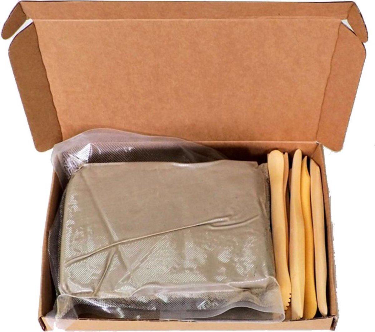 Boetseerklei set echte klei - 1kg klei met 12 spatels
