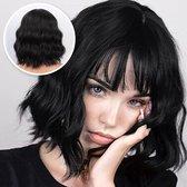 SassyGoods® Zwarte Pruik - Pruiken Dames - Wig - Verstelbaar - Kort Haar - Zwart - 35 cm