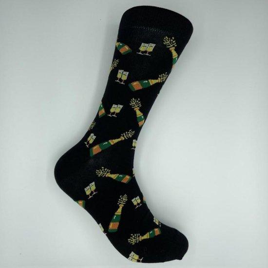 JustSockIt Champagne sokken - Sokken - Leuke sokken - Champagne cadeau - Cadeau voor mannen - Verjaardag cadeau - Alcohol cadeau - Geslaagd cadeau
