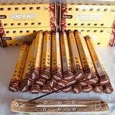 Tulasi Sandalwood agarbathies wierook 24 pakjes x 20 stokjes =480 stokjes met een wierookhouder van mangowood gratis bij.