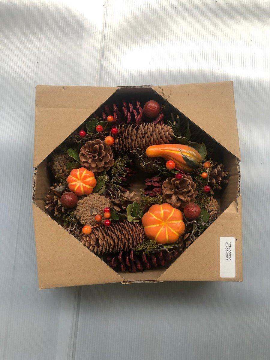 Kerstkrans - dennenappels - oranje kopen