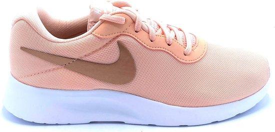 Nike Tanjun- Sneakers Dames- Maat 37.5