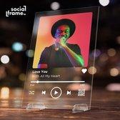 Socialframe - Spotify layout Plexi Glasplaat inclusief standaard! - Gepersonaliseerd met foto - Uniek vaderdag geschenk