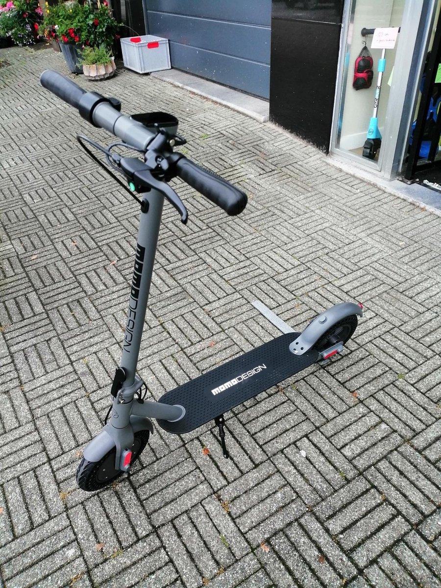 Elektrische step 10 inch Momo Milan 100