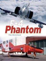 Boek cover Phantom van Tim Mclelland