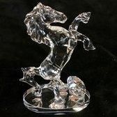 Kristal glas staand paard 12.5x8.5cm met een kristal glas diamant van 3cm