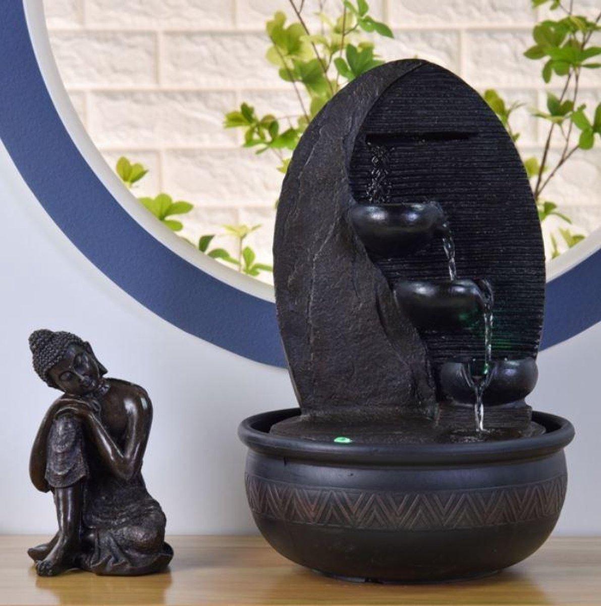 Fontein Boeddha Grace 40 cm hoog - fontein - interieur - fontein voor binnen - relaxeer - zen - waterornament - cadeau - geschenk - relatiegeschenk - kerst - nieuwjaar - origineel - lente - zomer - lentecollectie - zomercollectie - afkoeling - koelte