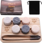 Allan's Whiskey Stones Set (6 stuks) - Inclusief Tang + Opbergplank + Satijnen Zakje - Luxe Cadeau Set Man Vrouw - Whiskey Stenen - Whiskey Rocks - Herbruikbare IJsblokjes - Cadeau voor hem