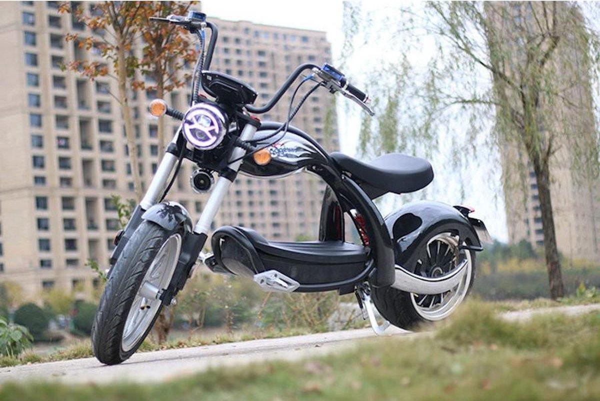 Elektrische scooter Coco Bike e-chopper met straatlegaal tot 48 km / u snel - ca. 40-45 km bereik, 6