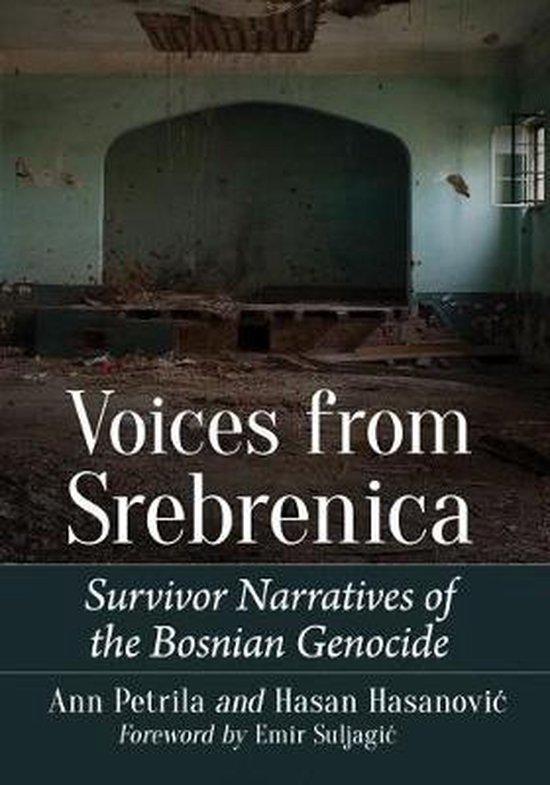 Boek cover Voices from Srebrenica van Ann Petrila (Paperback)