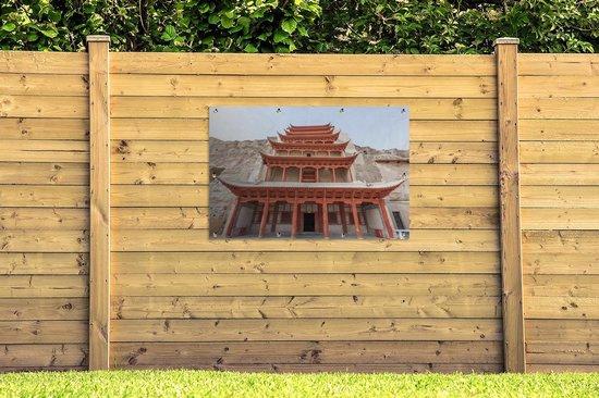 Tuinposter Grotten van Mògāo - De schitterende tempel van de Grotten van Mògāo van dichtbij in China Tuinposter 120x80 cm - Tuindoek/Buitencanvas/Schilderijen voor buiten (tuin decoratie)