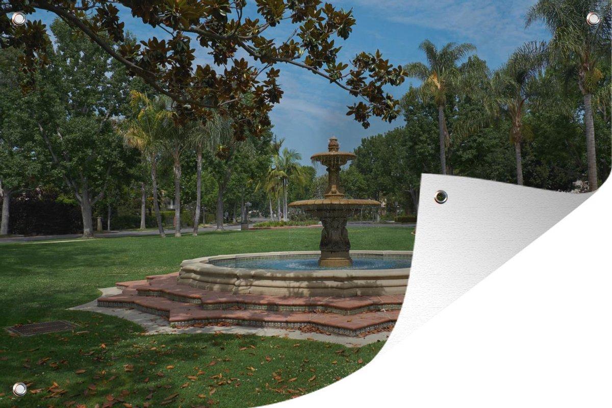 Tuinposter Fontein - Openbare fontein 90x60 cm - Tuindoek/Buitencanvas/Schilderijen voor buiten (tuin decoratie)