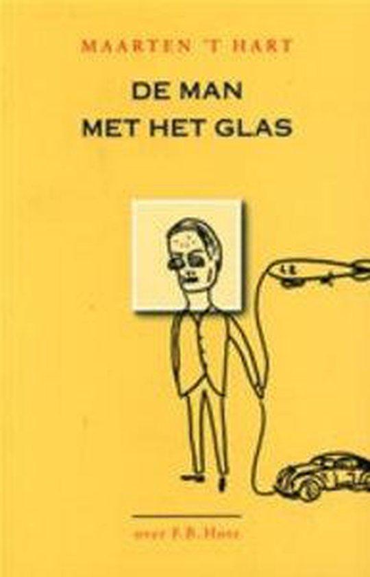 Cover van het boek 'De man met het glas' van Maarten 't Hart