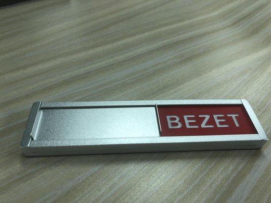 Schuifbordje vrij - 4 mm dikte - Aluminium schuifje - 3M plakstrip