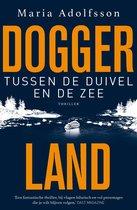Boek cover Doggerland 3 -   Tussen de duivel en de zee van Maria Adolfsson (Paperback)