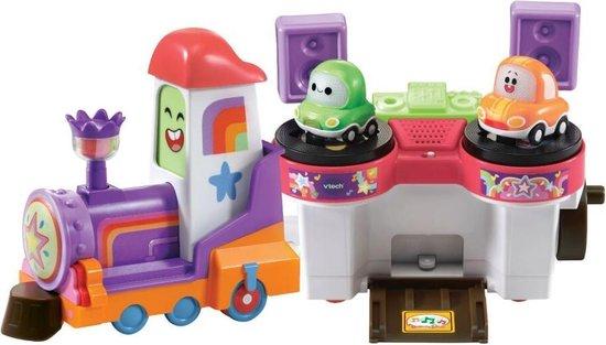 550x313 - Ken jij Cory Carson? Je kan het naspelen met deze leuke speelgoeditems.
