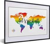 Foto in lijst - Wereldkaart in regenboogkleuren en een dik gedrukte tekst fotolijst zwart met witte passe-partout klein 40x30 cm - Poster in lijst (Wanddecoratie woonkamer / slaapkamer)