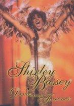 Shirley Bassey - Divas are forev