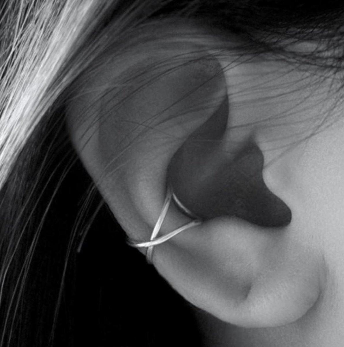 Lines ear cuff - 925 zilver oorklem
