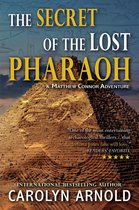 Boek cover The Secret of the Lost Pharaoh van Carolyn Arnold (Onbekend)