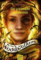 Woodwalkers 4 -   De vreemde wildernis