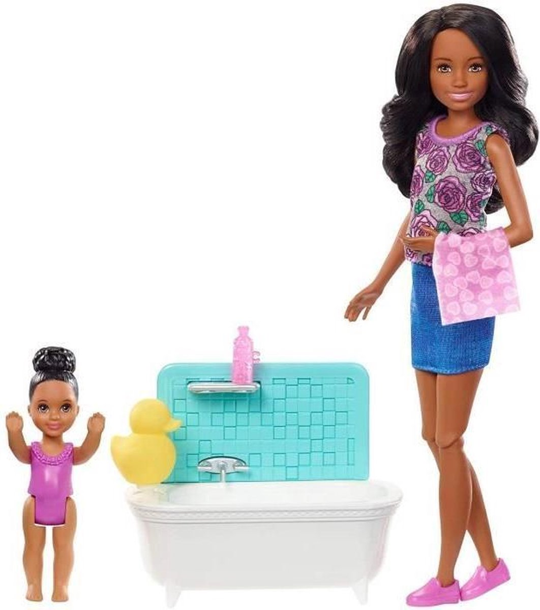 BARBIE Babysitter Bath Time Brown Skipper - FXH06 - Mannequin Doll Box - 3 jaar en +
