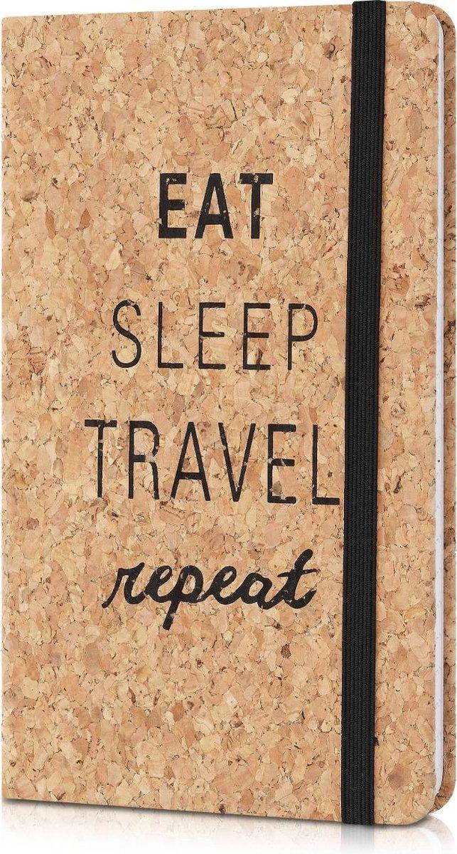Navaris notitieboek van kurk met lijntjes - Notebook met elastiek, binnenvak en bladwijzer - 18 x 13 cm - 100 bladzijden - Eat Sleep Travel Repeat