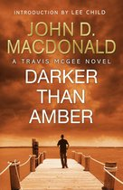 Omslag Darker than Amber: Introduction by Lee Child